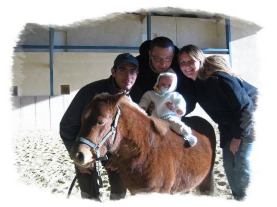 Même à 4 mois on peut faire du poney !!!